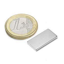 Q-20-10-02-N Parallélépipède magnétique 20 x 10 x 2 mm, tient env. 2,1 kg, néodyme, N45, nickelé