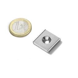 CSR-20-20-04-N, Système magnétique rectangulaire 20 x 20 x 4 mm, avec trou fraisé, dans un profilé en acier en forme de U