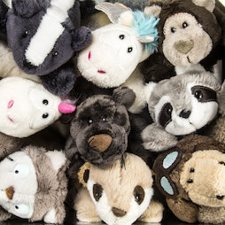 LIV-123, MagNICI magnetic plush toys, with magnets in paws