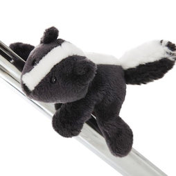 LIV-123/skunk, MagNICI magnetic plush toys, skunk Steve, with magnets in paws