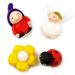 LIV-41/mixed2, Handmade magneten, Fimo unicaten in een set van 4, met kabouter, engel, bloem en lieveheersbeestje