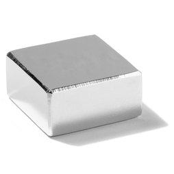 Q-30-30-15-N, Blokmagneet 30 x 30 x 15 mm, neodymium, N45, vernikkeld
