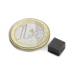 FE-Q-07-07-05, Parallélépipède magnétique 7 x 7 x 5 mm, ferrite, Y35, sans placage