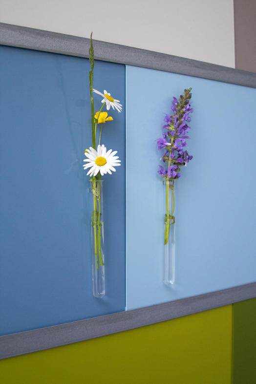 applications aimants fabriquer soi m me un vase magn tique. Black Bedroom Furniture Sets. Home Design Ideas